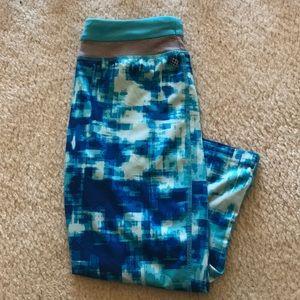 Pants - Capri Active Leggings